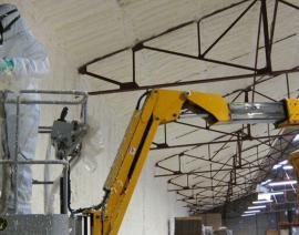 Expansieschuim zonder VOS voor de isolatie van een industrieel gebouw