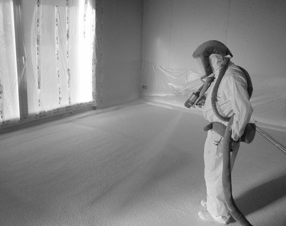 Isolation d'un sol avec mousse polyuréthane rigide Isolat BMS